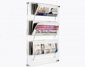 Kệ tờ rơi mica được thiết kế dùng để tạp chí treo tường
